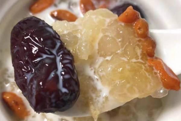 木瓜炖雪蛤什么时间吃