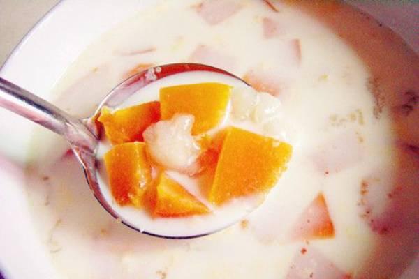 雪蛤炖牛奶木瓜的做法