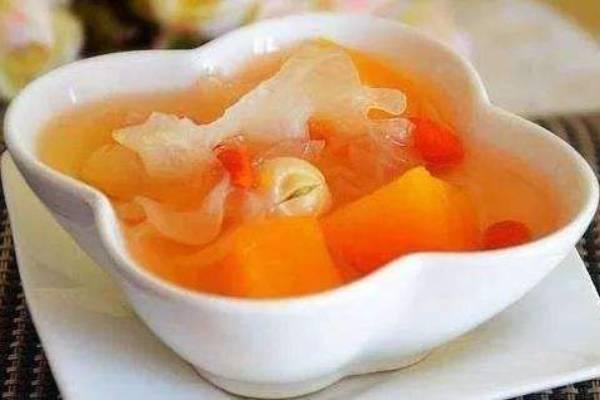 木瓜银耳炖雪蛤功效