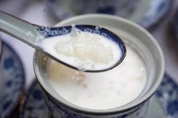 吃雪蛤牛奶为啥拉肚子