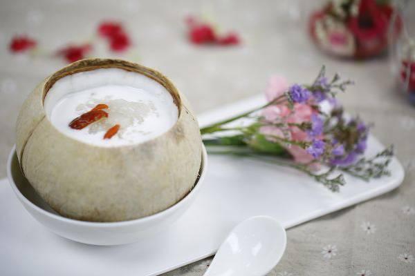 椰汁炖雪蛤的功效
