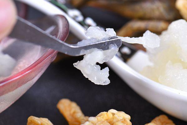 雪蛤干剥和湿剥怎么区分