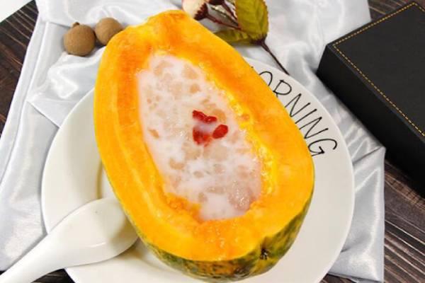 椰汁木瓜炖雪蛤