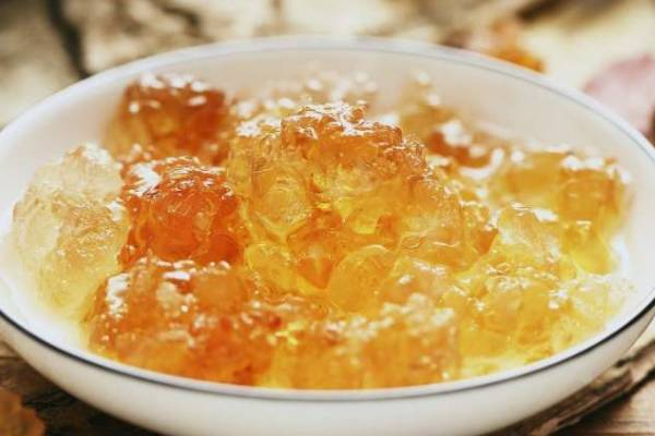 雪蛤和桃胶能一起吃吗