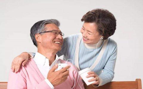 中老年人可以吃燕窝吗
