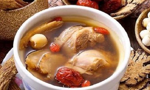 红参须鹿茸炖鸡